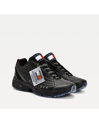 Tommy Hilfiger Heritage Leren Sneaker Met Chunky Zool - Zwart