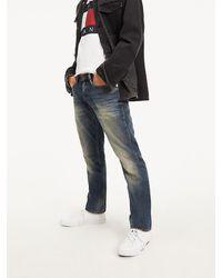 Tommy Hilfiger Straight Cut Jeans Met Distressed Details - Blauw