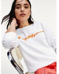 Tommy Hilfiger Relaxed Fit Sweatshirt Met Signature-logo - Wit