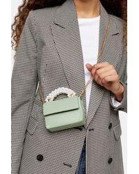 TOPSHOP Graugrüne Mini-Umhängetasche mit Perlengriff
