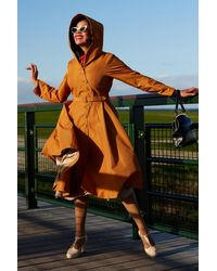 Miss Candyfloss 50s Lorin Marigold Swing Trenchcoat - Oranje