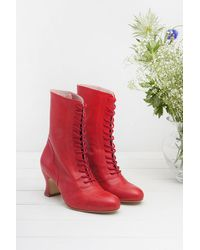 Miss L-fire 40s Frida Lace Up Booties - Rood