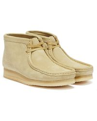 Clarks Wallabee Suede Mens Beige Boots - Natural
