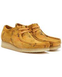 Clarks Wallabee Camo Turmeric Shoes - Brown