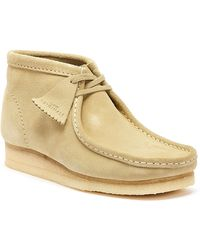 Clarks Wallabee Mens Maple Suede Boots - Natural