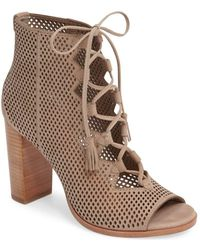 Frye - Gabby Perforated Ghillie Sandal - Taupe Neutral / 10 - Lyst