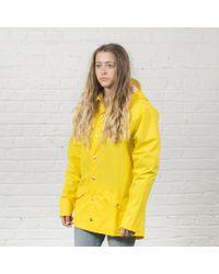 Rains - Giacca impermeabile gialla - Lyst
