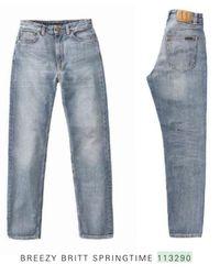 Nudie Jeans Delave Jean bleu clair en coton biologique Breezy Britt Printemps Mom