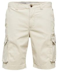 SELECTED Https://www.trouva.com/it/products/selected-homme-light-beige-organic-cotton-cargo-shorts - Neutro