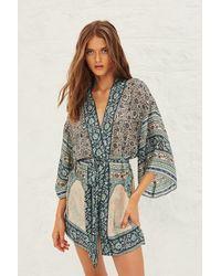Ba&sh Kimono con estampado Toam en Vertdeau - Multicolor