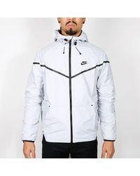 Nike Grau und Schwarz Tech Windrunner Irisierende Jacke
