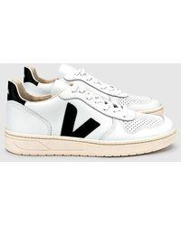 Veja Extra White Black V10 Leather Shoe