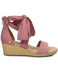 UGG Trina Sandaletten aus Veloursleder in Pink Dawn Größe 38