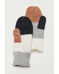 Urban Outfitters Colorblock Mitten - Multicolor