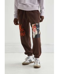 Urban Outfitters New Wave Basquiat Graphic Sweatpant - Brown