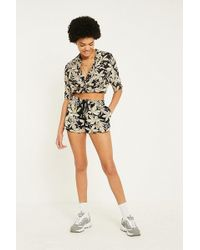 Urban Outfitters - Uo Black Tropical Floral Shorts - Lyst