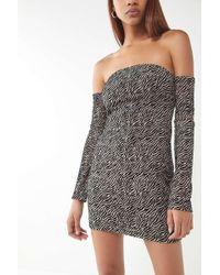 Motel - Geneva Off-the-shoulder Velvet Dress - Lyst
