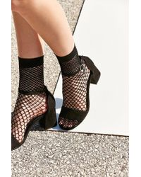 Out From Under - Wide Fishnet Crew Sock - Lyst