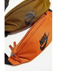 Nike Nike Heritage Sling Bag - Orange