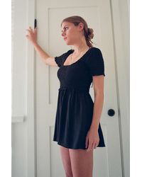 Urban Outfitters Uo Lydia Smocked Romper - Black