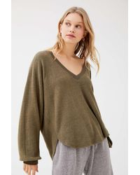 Urban Outfitters Uo Lilith Cozy V-neck Top - Multicolor