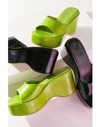 5dc25a0e702 Urban Outfitters - Uo Gina Platform Slide Sandal - Lyst