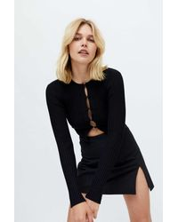 Urban Outfitters Uo Peyton Fitted Cropped Cardigan - Black