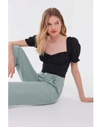 Urban Outfitters Uo Cassia Puff Sleeve Cropped Top - Black