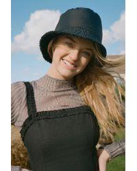 214b2c2835f10 Urban Outfitters - Nylon + Sherpa Reversible Bucket Hat - Lyst