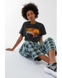 Urban Outfitters - Metallica Flaming Skull Cropped Tee - Lyst
