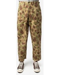 Universal Works Pantaloni camouflage - Multicolore
