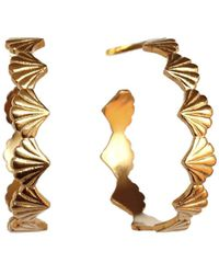 Rosie Kent Large Scallop Yellow Gold Hoop Earrings - Multicolor