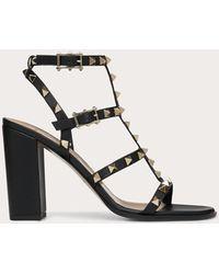 Valentino Garavani Rockstud Studded Leather Sandals - Black