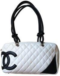 Chanel Sac à main Cambon en Cuir Blanc