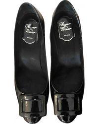Roger Vivier Patent Leather Heels - Black