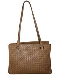 c6b85eb18422 Lyst - Bottega Veneta Pre-owned Brown Leather Handbag in Brown ...