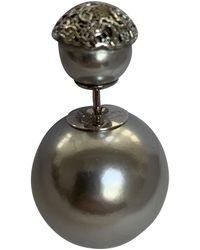 Dior Pendientes en perla gris