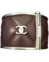 Chanel Pulsera en cuero marrón
