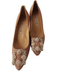 Manolo Blahnik Hangisi Glitter Heels - Pink