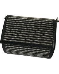 Givenchy Bolsa clutch en cuero negro Pandora Box