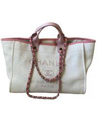Chanel Deauville Cloth Handbag - Pink