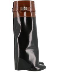 Givenchy Bottes Shark en Cuir verni Noir