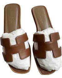 Hermès Oran Brown Leather Sandals - Multicolour