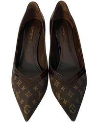 Louis Vuitton Escarpins en Toile Marron