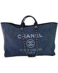 Chanel Bolso de mano Deauville en Algodón Azul