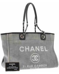 Chanel Borsa a mano in tela grigio Deauville