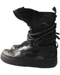 Nike Air Force 1 Stiefel - Schwarz