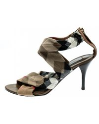 Burberry Beige Cloth Heels - Natural