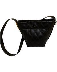 Givenchy Seau Gv Bucket Leather Handbag - Black
