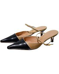 Chanel Zuecos de Cuero - Negro
